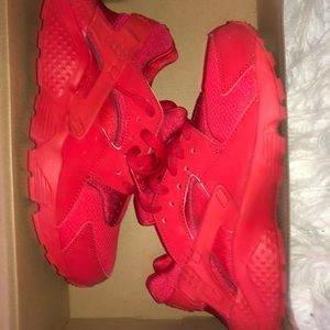 red huaraches size 6.5 in kids 8 in women's